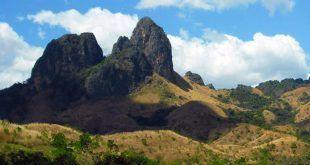 Monumento Natural Arístides Rojas   Morros de San Juan
