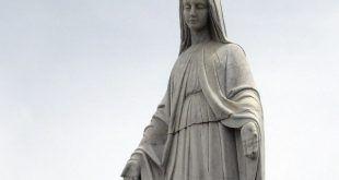 Virgen de Las Nieves en Pico Espejo